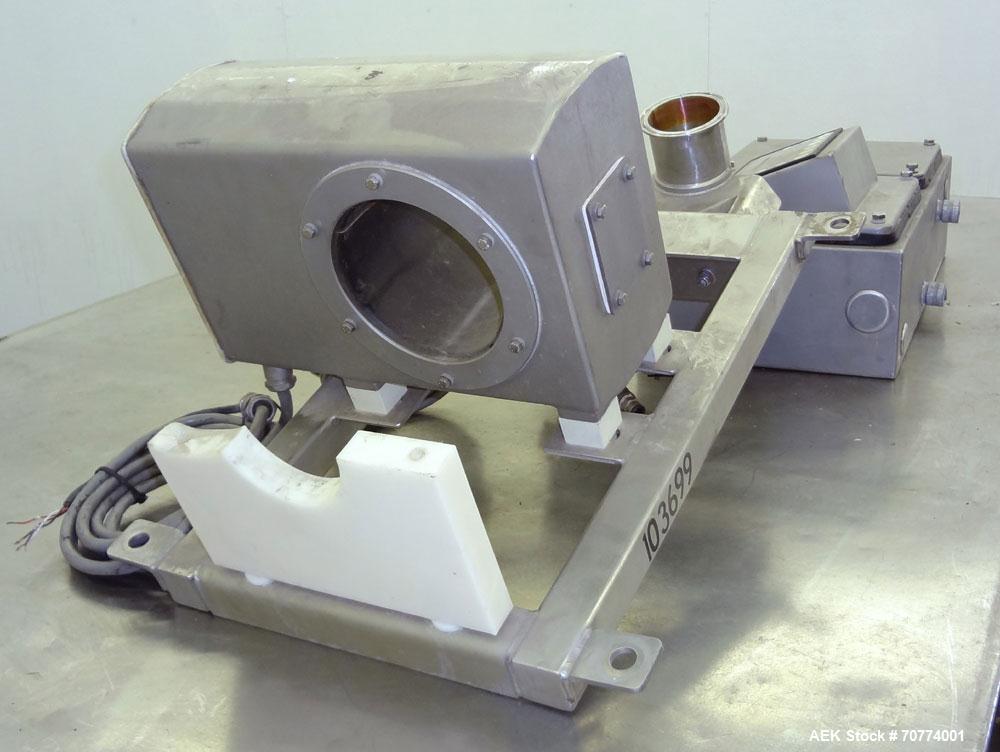 """Used- Safeline Model """"Pipeline"""" Flow Through Metal Detector"""
