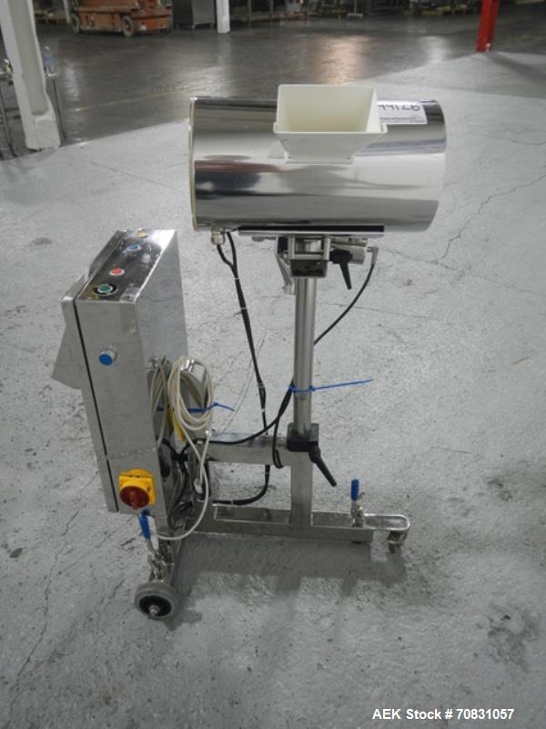 Used- Lock metal detector, model MET30+