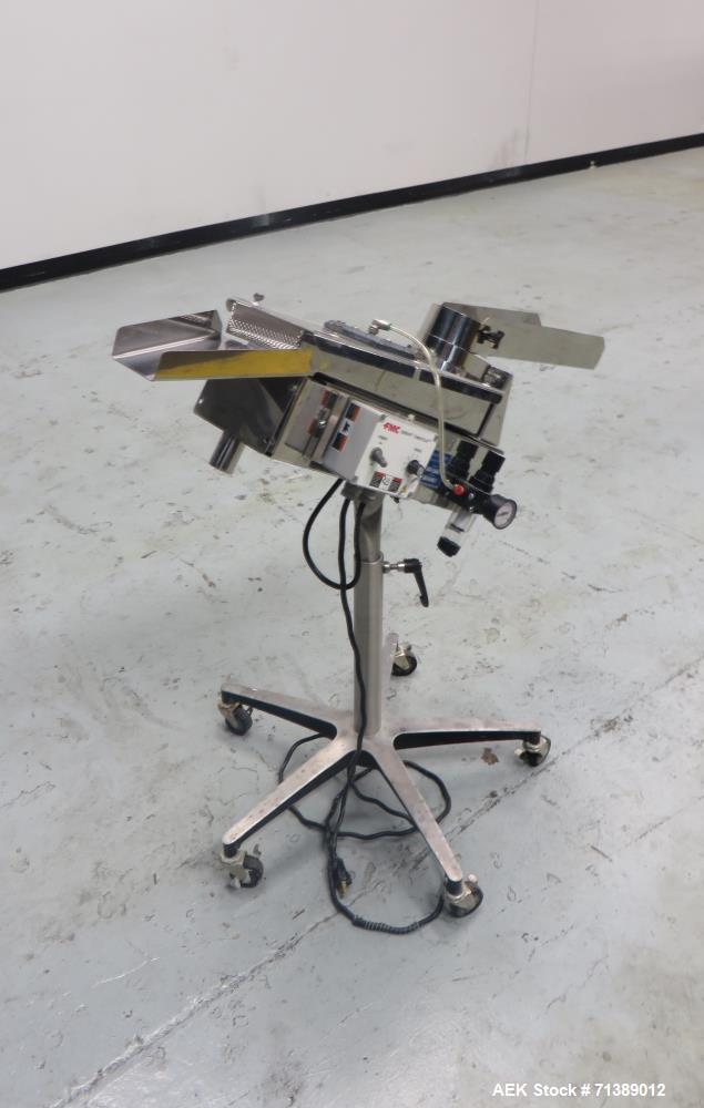 Used- FMC Syntron Model AV-100 Tablet Deduster