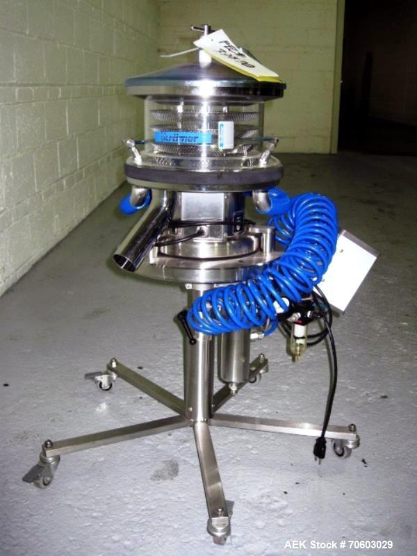 Used- Kramer Model E80 Deduster.  Has downward conveying range of 300 mm, and can convey tablets or capsules from 5-25 mm in...
