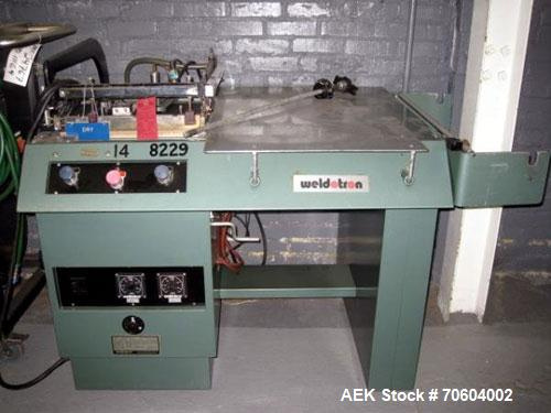 Used- Weldotron 5201 Manual L-Bar Sealer. Has 16 x 16 seal area, 220 volt. Powered belt discharge.  PRICE INCLUDES A 15% BUY...