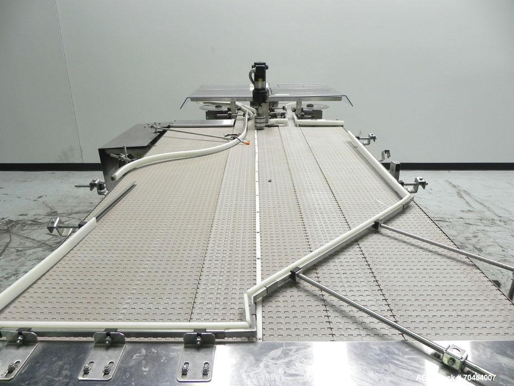 Used- Garvey 9700 series Bi-Directional Accumulation Table