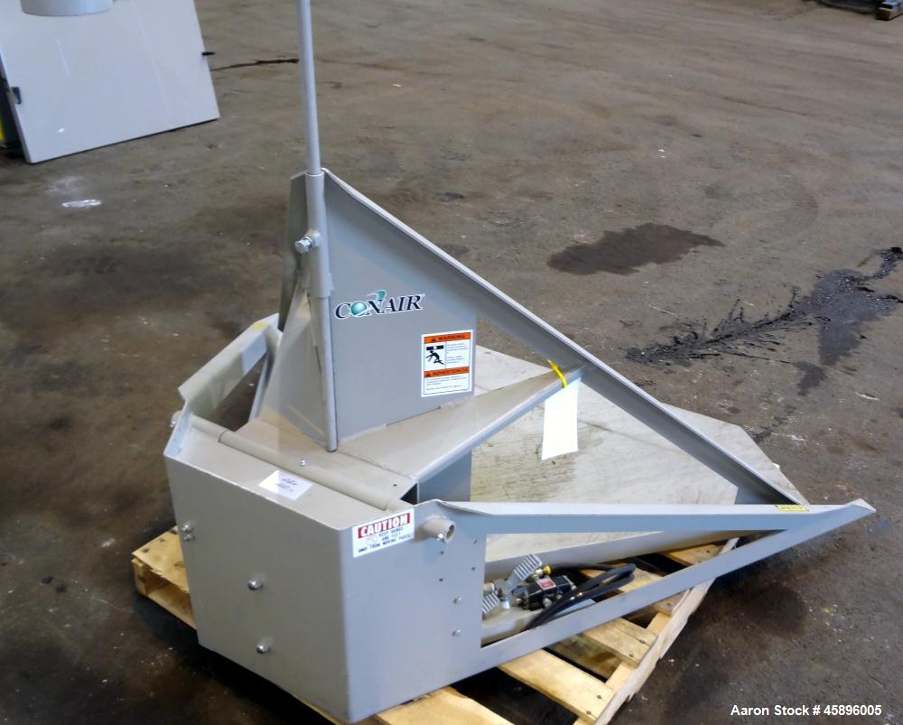 Used- Conair Floor Level Gaylord Tilter, Model 29-999-SP, Carbon Steel. 1500 Pound capacity, air operated foot pedal control...