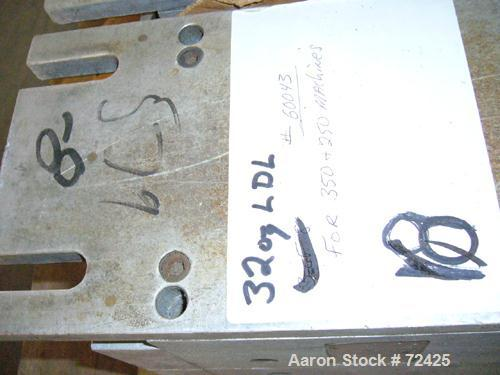 Used- Uniloy 6 Cavity Mold #60043 For 32 Ounce LDL Bottle