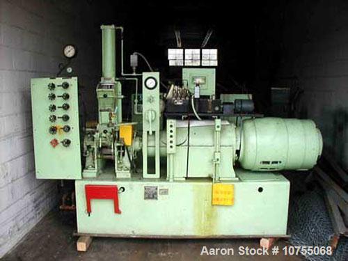 Used- Banbury model 00, 25 hp 440 volt 1750 rpm brake motor, 1.62 gallon liquid capacity including neck volume, machine is 9...