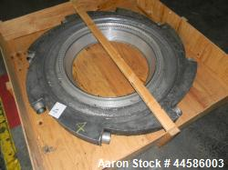 http://www.aaronequipment.com/Images/ItemImages/Plastics-Equipment/Dies-Blown-Film-Air-Rings/medium/Western_44586003_a.jpg
