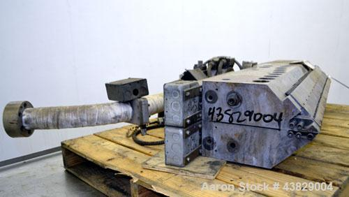 "Used- EDI Ultraflex 44"" Wide Sheet Die, Model H75. Back center feed."