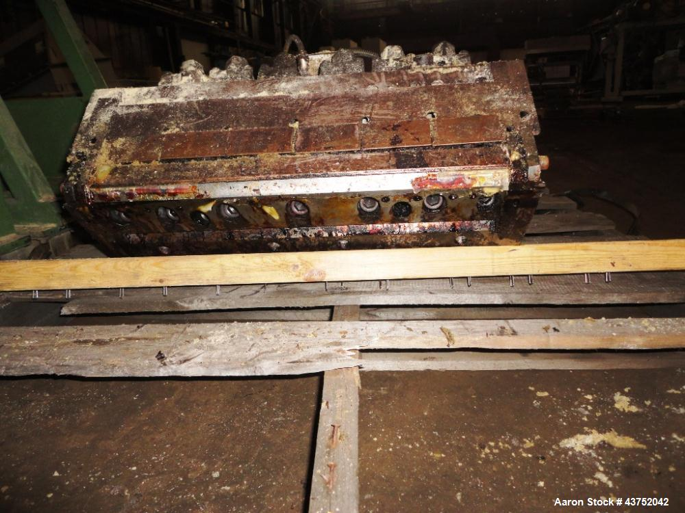 "Used- EDI 18"" Wide Sheet Die. Flexible upper lip, fixed removable lower lip. 45 Degree restrictor bar."