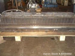 http://www.aaronequipment.com/Images/ItemImages/Plastics-Equipment/Dies-Sheet-Dies/medium/Cloeren_40094002_a.jpg