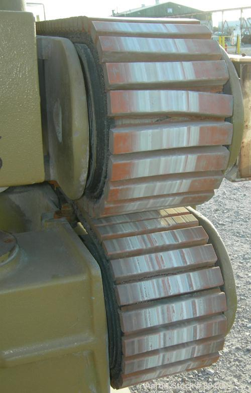 "USED: Becz Machine belt puller, model 056. (2) 8"" wide x 8' long contact area. Top belt motorized adjustment, bottom belt ma..."