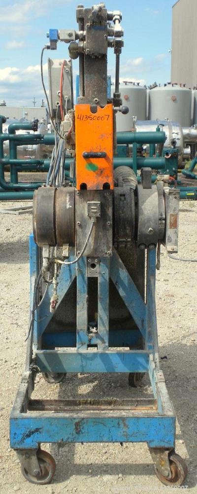 Used- 6'' Hydraulic Screen Changer. Last used on an approximate 63 mm twin screw extruder. Includes a 7.5 kW, 3/50/220/380 v...
