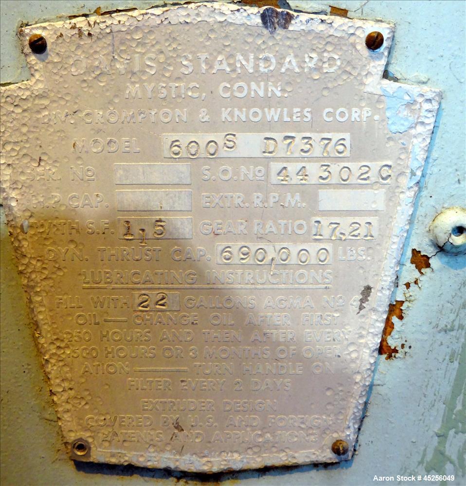 "Used- Davis Standard Gearbox. Model 600S. Ratio 17.21 to 1. S.O. # 44302C. Serial# D7376. Last used on 6"" single screw extru..."