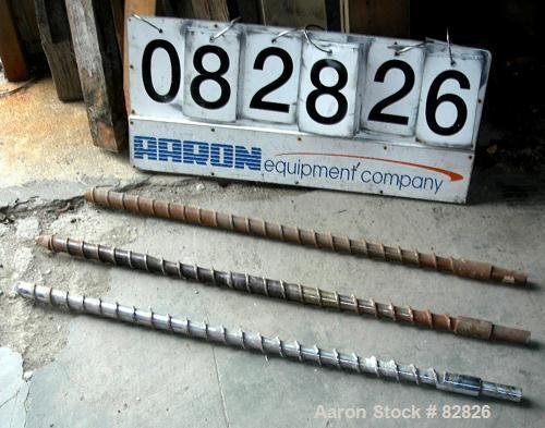"""USED: Extruder screw, 1-1/2"""" diameter, 24:1 L/D ratio."""