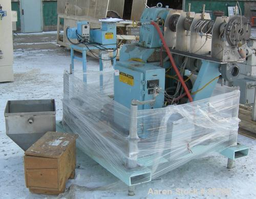 """Used- Single Screw Extruder, 1-1/2"""", No Screw. 24:1 L/D ratio, 3"""" x 2"""" feed opening. Barrels electrically heated, air cooled..."""