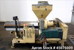 http://www.aaronequipment.com/Images/ItemImages/Plastics-Equipment/Extruders-Single-Screw-Extruder/medium/HPM-20-TMC-24_45076009_aa.jpg