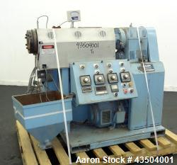 http://www.aaronequipment.com/Images/ItemImages/Plastics-Equipment/Extruders-Single-Screw-Extruder/medium/Killion-KN-150_43504001_a.jpg
