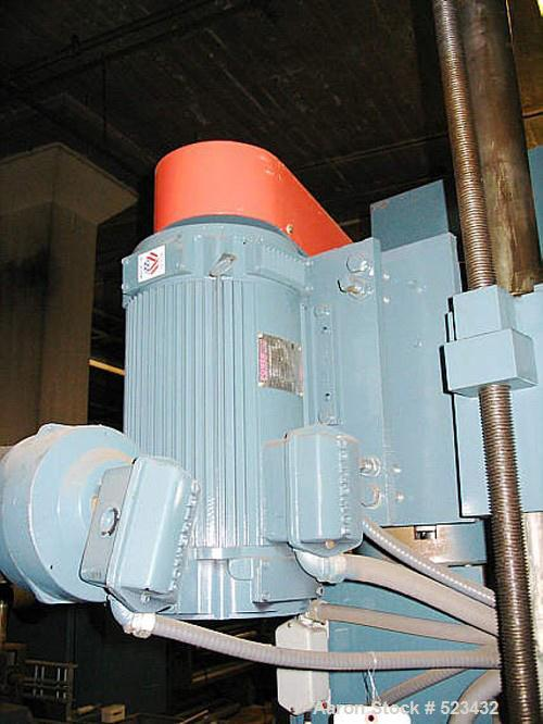 "USED: Merrit Davis 1.5"" diameter pedestal extruder, 24:1 L/D ratio, air cooled, 17.1 gearboxes, 10 hp AC drive variable spee..."