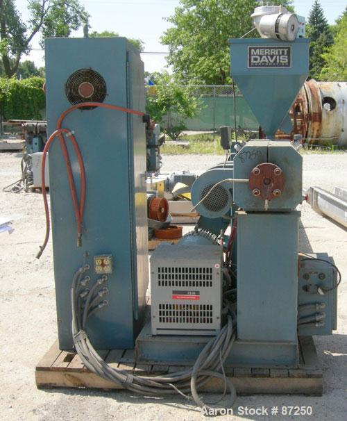 "Used- Merritt Davis 1 1/2"" Single Screw Extruder, approximatly 24:1 L/D ratio. Electrically heated, air cooled 3 zone non-ve..."