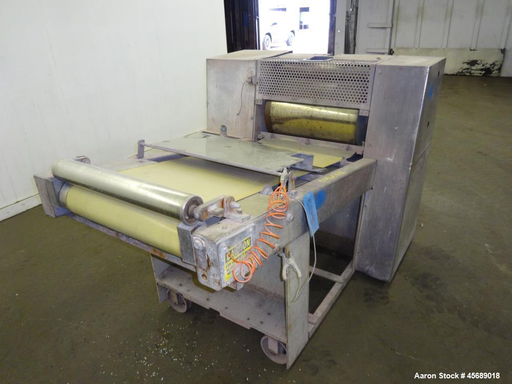 Used- APV Baker Perkins 30mm Twin Screw Compounder Extruder, Model MP30. Approximate 15 to 1 L/D ratio. Co-rotating screw de...
