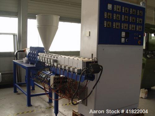 "Used-Automatik Co-Rotating Twin Screw Extruder, Model ZCM 41/46. Screw diameter 1.8"" (46 mm), screw length 61.4"" (1560 mm), ..."