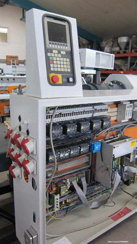 Used-Cincinnati CMT58 Conical Twin Screw Extruder. Maximum output for PVP pipes 551 lbs/h (250 kilos/h). Comprised of (1) va...