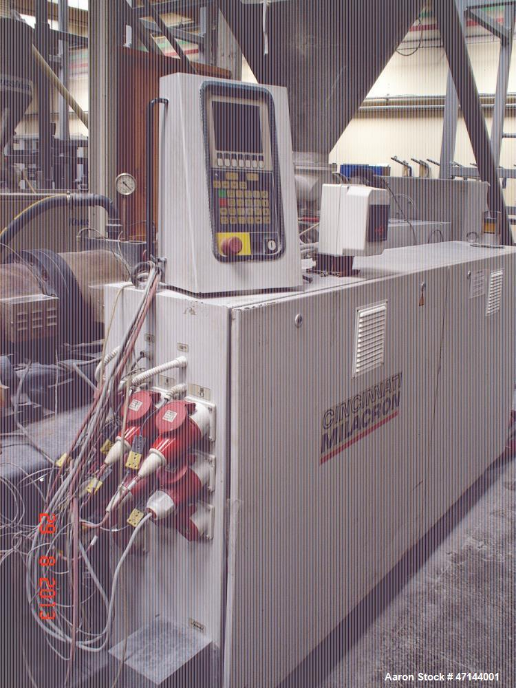 Used- Cincinnati Twin-Screw Extruder Conical Milacron CMT 80-L. Year of production: 1995. Work hours: 39218 h D.C. shunt mot...