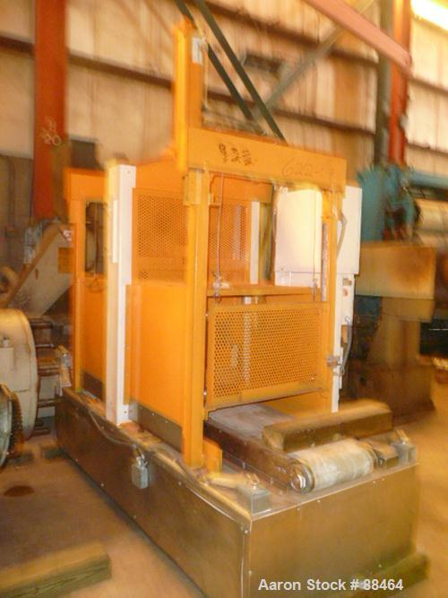 "USED: Spadone 27"" wide hydraulic guillotine. Approximately 20"" stroke and daylight. Includes a hydraulic power pack. Mounted..."