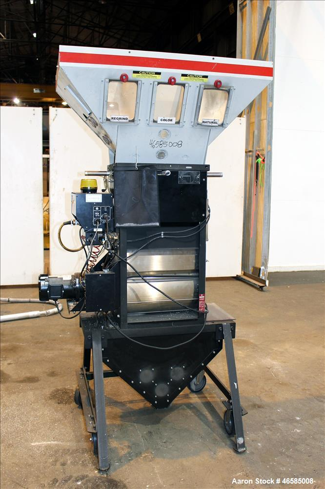 Used- Maguire Weigh Scale Blender, Model WSB 940 Gravimetric Blender. Maximum throughput 2,645 lbs per hour to 3,200 lbs per...