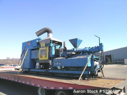 USED: HPM Corporation injection molding machine, model 220MK118.100-300 US ton clamping force. Minimum 4 ounce shot size. 36...