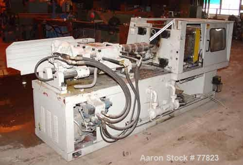 USED:Itairy Machinery toggle injection molding machine, modelUM-120 I III. 120 ton clamping pressure. Platen size approx 23-...