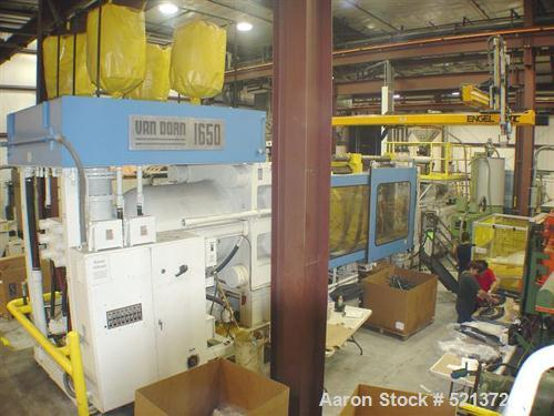 "USED: Van Dorn injection molding machine, model 1650-260. 1650 ton,260 oz shot capacity. Unit platen size is 65"" x 65"". Path..."