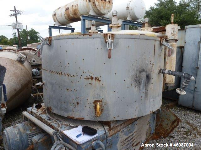 Used- Henschel Vertical Cooler, 2200 Liter, Model KM2200B