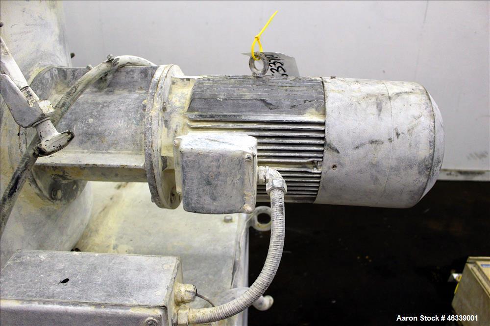 Used- Henschel HU Series Medium Intensity Mixer, Model HU-500, 304 Stainless Steel. 500 Liter (17.5 cubic feet) total capaci...