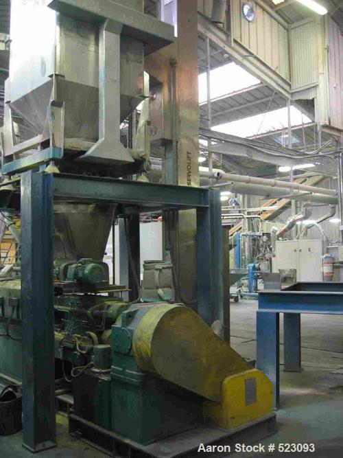 USED: Comac extrusion line. (1) Feeding system Matcon or Anag containers, servo lift Matcon (hydraulic lifting and positioni...
