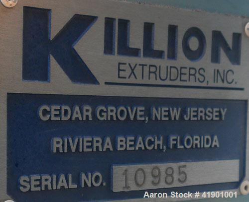 Killion 2-1/2'' single screw extruder, model KN250, approximately 10 to 1 L/D ratio. Electrically heated, air cooled 3 zone...