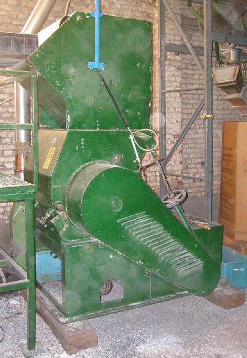 "USED: Dreher mill, type S42/65 GF. Motor 37 kW, 6 rotor knives, 2 stator knives. Width of knives 25.6"" (650mm). Rotor diamet..."
