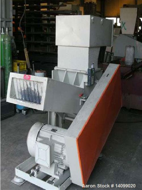 Used-Pallmann PSP 400/500 Cutting Mill, horizontally fed.  Comprised of (1) granulator; (1) suction panel; (1) control panel...