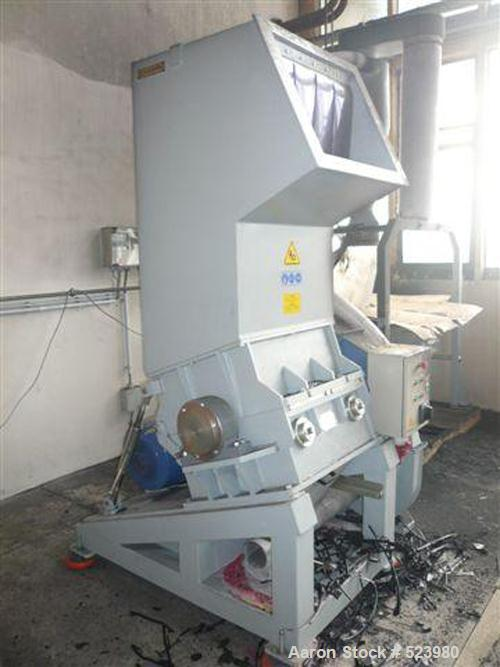 USED: Vespa granulator, type 40/60 VGA. Driven by a 40 hp (30 kW) motor, throughput approximately 300 up to 500 kg/hour, rot...