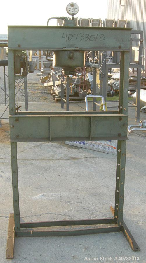 Used-  Dake press, model 25H, 25 ton.  Manually adjustable base and up/down.  Hydraulic ram.  Mounted on a carbon steel base...