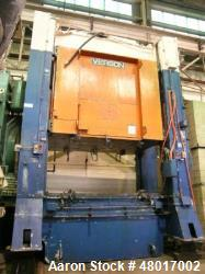 "Used- 300 Ton Verson High Speed Hydraulic Press, Model 300-HD2-120-60T. Max. stroke 28"", max. daylight to bed 82"". Overall b..."