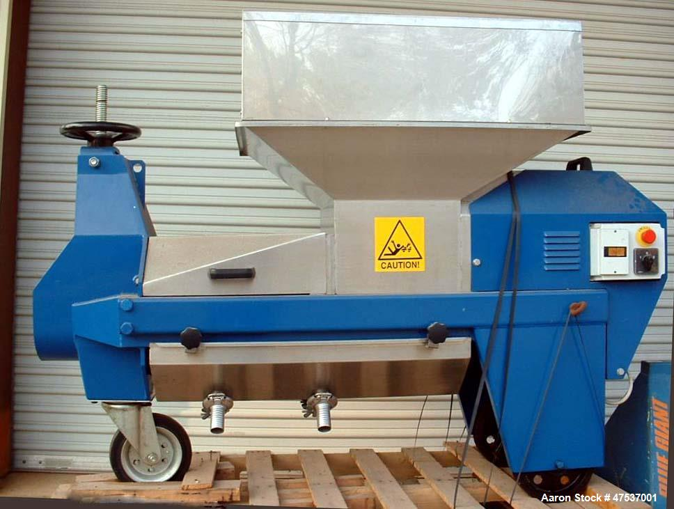 Used- Diemme Net Waste 250 Compact, Portable Screw Press. 4 hp motor, rated for 53 - 70 cubic ft./hour. Hopper capacity of 2...