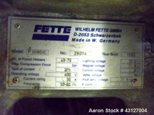 Used- Fette Rotary Tablet Rress, Model 3090. 61 Station, keyed upper punch guides, 100 KN main compression, 100 KN pre compr...
