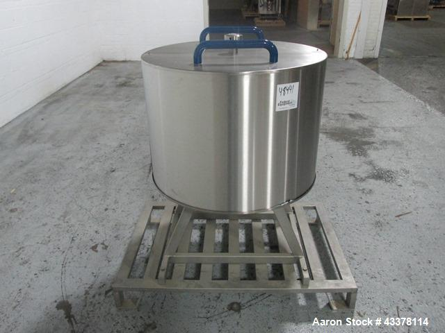 Used- Fette 73 Station Turret For A Model 3090I Rotary Tablet Press. 13 mm Maximum tablet diameter, 18 mm maximum depth of f...