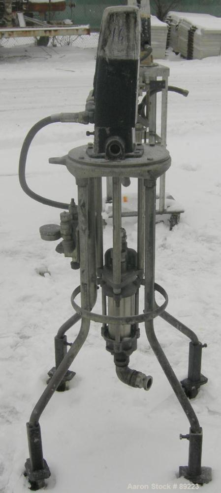 "USED: Graco displacement pump, model 220-553, 304 stainless steel. Designed for low pressure medium volume. 1-1/2"" NPT inlet..."