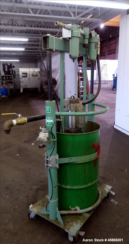 Used- Lincoln Industrial Twin Post 55 Gallon Drum Pump, Model 1735, Series G. Consists of: (1) Pump Tube, model 84902, serie...