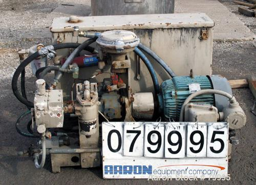 USED: Sunstrand hydraulic power pack, 25 hp, 3/60/230/460 volt, 1770 rpm XP motor.