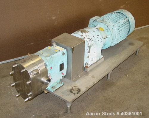 Used- Waukesha Universal rotary positive displacement pump, model 30UL, 316 stainless steel. Approximate capacity 36 gallons...