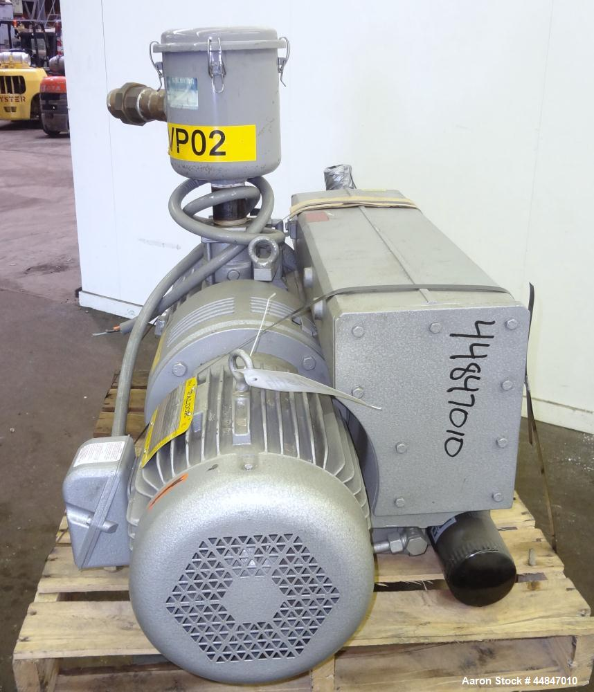 Used- Busch R5 Single Stage Oil Sealed Rotary Vane Vacuum Pump, Model RA0255.D506.1001, Carbon Steel.  Rated 180 cfm, vacuum...
