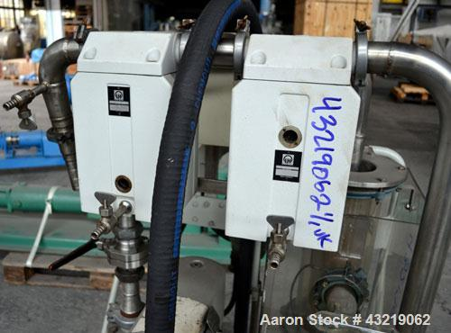 Used- Leybold-Heraeus Rotary Piston, Oil Seal Vacuum Pump, Model DK50. Inlet and outlet 25mm. Driven by a 1.5kw, 3/50/500 vo...