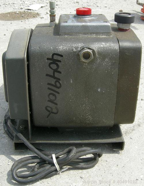 Used- Precision Scientific vacuum pump, model D150. 2 stage rotary vane. Approx 5.3 cfm. Driven by a 3/4 hp, 1/60/115/230 vo...